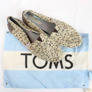 NWOB Toms Women's Classic Cheetah Slip On Shoes